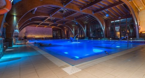 AQUASPA, LE GRAND SPA D'ANYÓSPARK